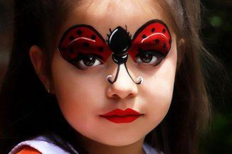 4-ladybug-face-paint